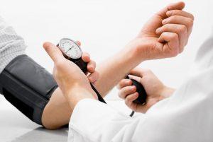 cum-se-manifestă-hipertensiunea